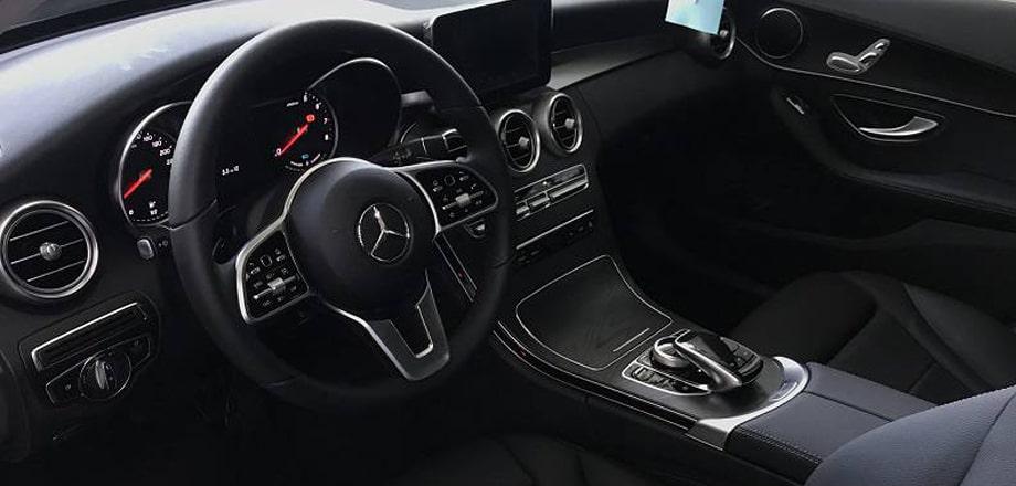 Đánh giá xe Mercedes C200 2020 Đẳng cấp với giá hơn 1 tỷ đồng (18)