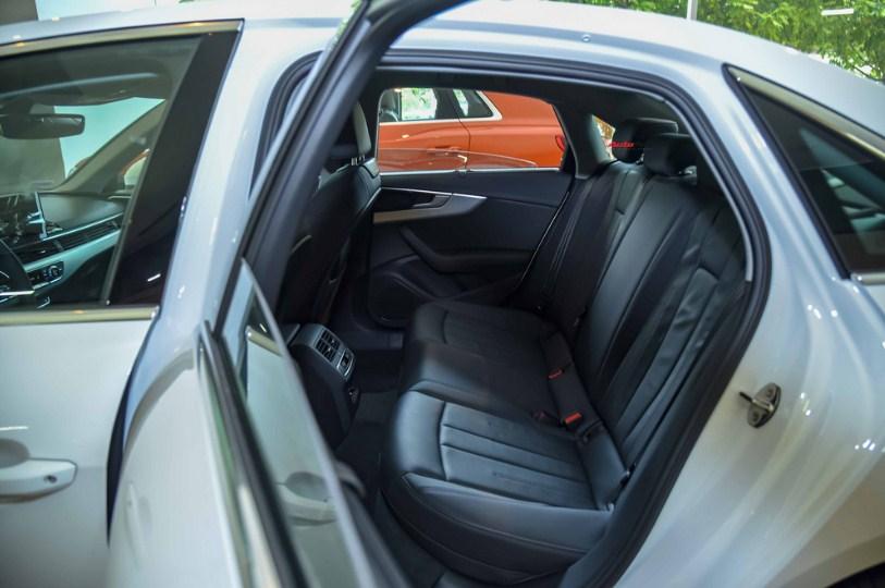 Đánh giá xe Audi A4 2020 nhập khẩu chính hãng đẳng cấp (1)